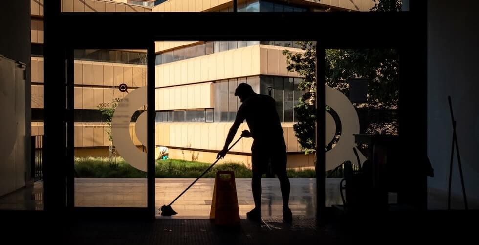 best outdoor push sweeper